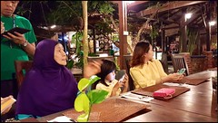 150509 Mother's Day 8 (Haris Abdul Rahman) Tags: family dinner nightout saturday samsung mothersday subak malayrestaurant sungaipenchala harisabdulrahman harisrahmancom galaxys6edge restoraksubak