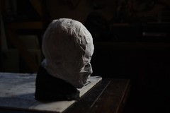 wrap the head with gauze (Kazuko Tsukioka) Tags: sculpture head wrap gauze 正岡子規