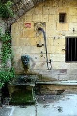 Fontaine, Cordes-sur-Ciel, Tarn, Midi-Pyrénées (lyli12) Tags: village tarn fontaine bastide midipyrénées