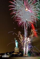 3I6A0213 (bkrieger02) Tags: fireworks statueofliberty hudsonriver nyc newyorkcity manhattan fireworksphotography nightphotography longexposure libertyisland canon canonusa teamcanon 7dmkii brooklyn louisvalentinopark redhook