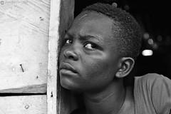 16-09-20 Uganda-Rwanda (50) Jinja R01 BN (Nikobo3) Tags: frica uganda jinja retratos portraits people gentes travel viajes nikon nikond800 d800 nikon247028 nikobo josgarcacobo flickrtravelaward ngc natgeofacesoftheworld wonderfulworld bw bn