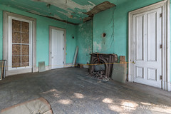 Living Room (AP Imagery) Tags: joseph community historic abandoned hardinsburg judge ky holt house kentucky days historical usa