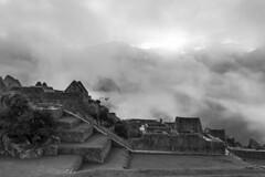 Per - Cuzco (Nailton Barbosa) Tags: niikon d800 peru cusco machu picchu andesbjergene inkaerne nuvens cidade perdida dos incas andes montanhas die anden inkas        inkov per                  prou per            inkaenes          sacred valley