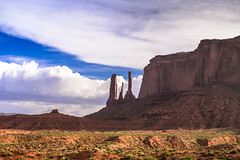 Monument Valley (Carlos Pea Fernandez) Tags: monument valley navajo nation desert desierto usa eeuu arizona rocks lanscape paisaje nubes clouds cielo sky mitten