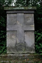 Friedhof Hemmingen 007 (michael.schoof) Tags: friedhof grabmal