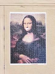 Graff in Paris - P.E. (brigraff) Tags: streetart collage pastedpaper pasteup wheatpast paris pe brigraff lajoconde joconde lonarddevinci vinci painter tableau puzzle