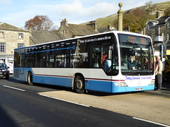 BN09 FWR, a Mercedes Benz Citaro of Kirkby Lonsdale Coach Hire, Carnforth, seen in Settle on 15 November 2016, about to depart on the 580 service to Skipton. (C15 669) Tags: bn09 fwr kirkby lonsdale coach hire carnforth