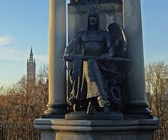 The Pen & The Sword (Bricheno) Tags: bronze university glasgow kelvingrove park kelvingrovepark lordroberts statue bricheno scotland escocia schottland cosse scozia esccia szkocja scoia