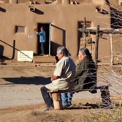 """""""Qui contrle le pass contrle l'avenir."""" (Phoebus58) Tags: usa newmexico nouveaumexique taos pueblo indian indien adobe village olympus"""