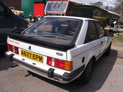 1984 FORD ESCORT XR3 INJ (Yugo Lada) Tags: old white ford car museum photo nice very surrey 1984 parked rare escort brooklands inj xr3 a637epm