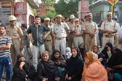 Shia groups clash in Lucknow on 18th May 2012 (TwoCircles.net) Tags: muslim hijab police clash shia niqab burqa naqab
