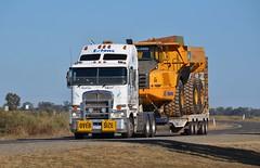 Extons K200 (quarterdeck888) Tags: nikon flickr transport frosty lorry trucks oversize kenworth tractortrailer semitrailer haulage quarterdeck newellhighway k200 highwaytrucks australiantrucks extons d5100 jerilderietrucks