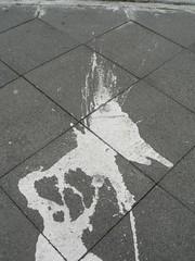 Mr. Splat (mkorsakov) Tags: white grey graffiti character grau foundface farbe weiss dortmund nordstadt nordmarkt