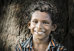 Light Smile (Ragavendran / Rags) Tags: light portrait smile kid streetphotography streetlife laugh chennai tamilnadu lightplay cwc streetcandid chennaiweekendclickers ragavendran chettipuniyam
