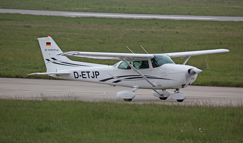 D-ETJP Cessna 172P Skyhawk on 17 May 2013