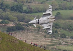 ZJ923  'DM'  Typhoon FGR4  RAF  11sq (Churchward1956) Tags: wales aviation dm typhoon raf lowlevel machloop rafconingsby lfa7 cadeast zj923 typhoonfgr4 11sq