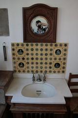 Selfie Castle Drogo (chrisw09) Tags: holiday selfportrait bathroom mirror cornwall hole sink taps devon tiles plug nationaltrust washing selfie ceramictiles castledrogo cannoneos400d