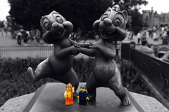LEGOproject - Chip N Dale (Milk&2Sugars) Tags: bw statue lego sigma olympus magickingdom chipndale