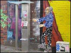 """Kln-Ehrenfeld: """"Ichtraumich"""" (ffentlicher Fernsprecher / telephone booth) (wwwuppertal) Tags: germany deutschland graffiti cologne kln nrw telefon nordrheinwestfalen rheinland telefonzelle telephonebooth telecommunication klnehrenfeld northrhinewestphalia mnzfernsprecher telekommunikation mnztelefon northrinewestphalia canonixus80is ffentlicherfernsprecher"""