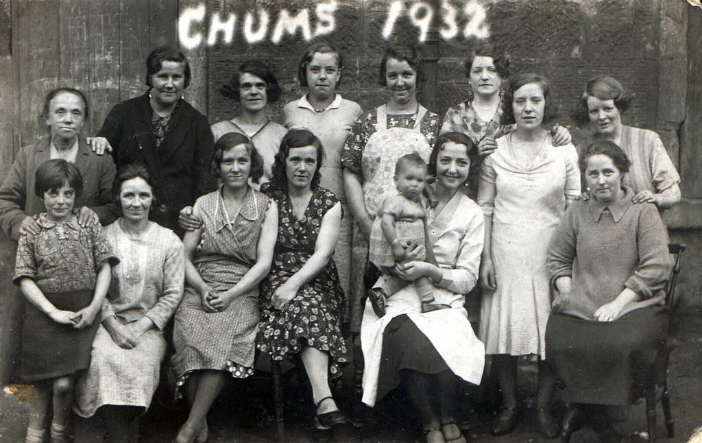 Chums 1932, London Road, Glasgow.