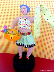 Com que Roupa? De A a Z (* Cludia Helena * brincadeira de papel *) Tags: brazil fashion brasil moda estilo papermache roupa papiermach papelmach cludiahelena lourena comqueroupadeaaz