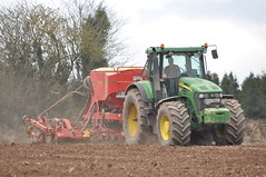 John Deere 7920 Tractor with a Vaderstad Spirit 400C Seed Drill (Shane Casey CK25) Tags: county ireland horse irish plant tractor green field barley set work john pull spring hp corn nikon traktor power spirit earth farm cork farming grain working grow seed ground soil dirt till crop land crops growing farmer agriculture jd setting pulling planting deere sow drill tracteur trator horsepower tilling drilling minimum trekker sowing seeddrill agri d90 tillage ciągnik trailed 7920 traktori 400c mintil leamlara mintill vaderstad nonploughing noploughing