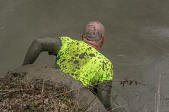 de pijp uit! (stevefge) Tags: berendonck strongviking viking mud event endurance sport yellow geel nederland netherlands nederlandvandaag nl people men candid