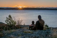 Father and Son sunrise (davidshred) Tags: father son live sunrise sweden d3300 tripod ringvgen strandvgen sverige solnedgng