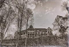 Das Kurhotel (PhotoChampions) Tags: lostplace kurhotel old mv rotten palce