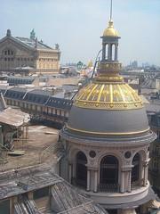 Roofs of Paris (LumenScript) Tags: printemps toit roof paris department store magasin shopping