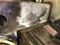 Chassisnummer schoon gemaakt (Wouter Duijndam) Tags: chassisnummer chassis nummer schoon gemaakt origineel plaatwerk