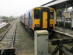 St Erth Railway Station (Carneddau) Tags: 150265 newlyntrip sterthrailwaystation roseangrouse england unitedkingdom