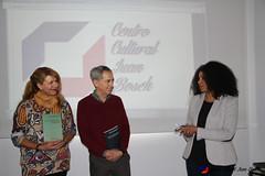 "Donación de libros de Juan Bosch al Centro Juvenil Chamberí (Madrid) • <a style=""font-size:0.8em;"" href=""http://www.flickr.com/photos/136092263@N07/31372051816/"" target=""_blank"">View on Flickr</a>"