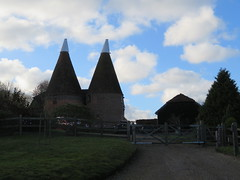 UK - Kent - Leigh - Oast House (JulesFoto) Tags: uk england kent capitalwalkers ramblers leigh oasthouse