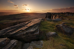 Obscured Sunset at Stanage (andy_AHG) Tags: rural outdoors rocks peakdistrict scenic lizzie moors keiraknightley pennines stanageedge britishcountryside northernengland landscapephotography prideprejudice beautifullandscapes crowchinbamfordmoor
