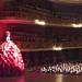 Lucila Pinto na estrutura gigante apresenta evento da FIESP no Teatro Municipal de SP