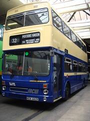 West Midlands Travel 2462 NOA462X (Will Swain) Tags: travel west green garage event farewell midlands metrobus 2462 acocks noa462x
