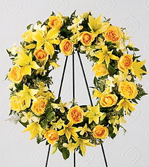 FTD Ring of Friendship Wreath (dobdeals.com) Tags: flowers wreaths eventsupplies