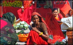 Red (Vincentdevincennes) Tags: red portrait people woman india colors colorful market streetlife gujarat diu