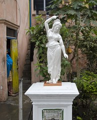 Sculpture - D7K 4731 ep (Eric.Parker) Tags: sculpture india statue temple kolkata bengal jain calcutta 2012 westbengal oldjaintemple