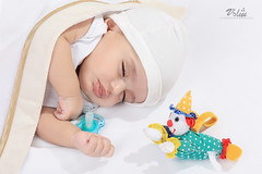 (sden' ) Tags: portrait baby canon studio sleep ksa
