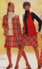 Spiegel 70 fw red plaid (jsbuttons) Tags: red fashion vintage clothing buttons spiegel skirt womens clothes button 70s catalog 1970 plaid seventies catalogs fashions pleated pleats vintageclothing buttonfront