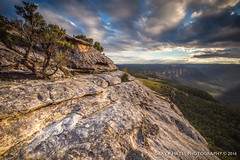 Sunset from Mount Hay XXII (Gary Hayes) Tags: sunset rocks bluemountains grosevalley wentworthfalls mounthay