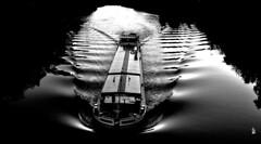 _DSC0633 -Pniche sur l'oise (Le To) Tags: extrieur noiretblanc nerosubianco bw monochrome rivire eau water acqua bateau pniche oise