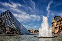 Le Louvre (jjcordier) Tags: louvre paris muse pyramide jetdeau pei