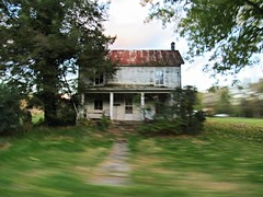 Shenandoah Valley, Va. (Dan_DC) Tags: countryhouse blur abandoned shenandoahvalley virginia dusk lonely