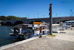 Peniche Aabysse (eutouring) Tags: paris france riverseine river seine peniche penicheaabysse venue