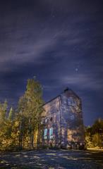 Mustad (ingulfsen) Tags: mustad gjvik stars night building