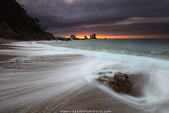 DYNAMIC SILENCE (II) (Obikani) Tags: silencio asturias espaa playa beach cudillero sea seascape landscape wave sunset sun cloud ocean shore waves rocks spain asturies canonikos