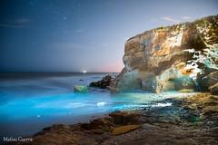 Escapando a la marea  ! Santa Clara del Mar, Buenos Aires. Argentina (djtora) Tags: mar del plata nocturna acantilados painting d7200 light